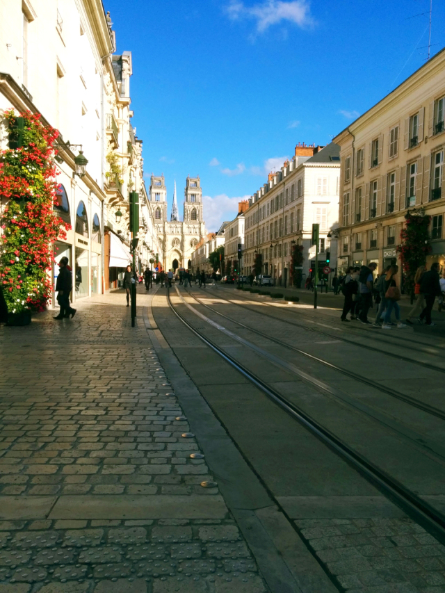 cathédrale-orléans-travel-vieux