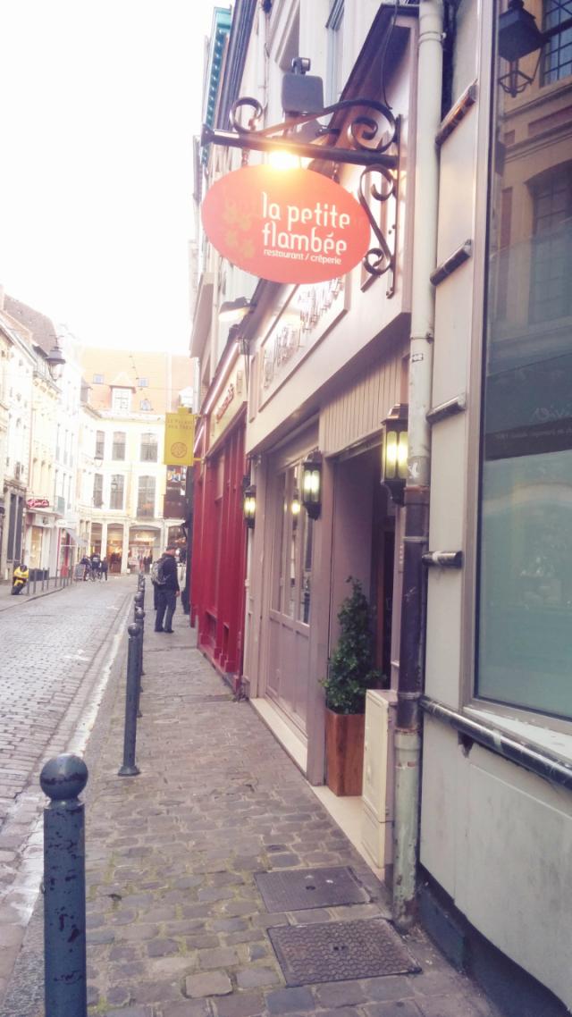 la-petite-flamnbée-lille-restaurant-crêpes