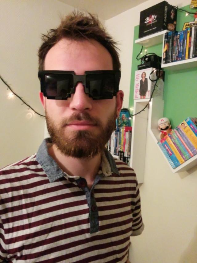 jdgbox-décembre-geek-contenu-lunettes-pixel