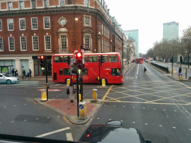 tout-en-haut-bus-london